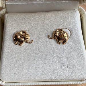 14k Elephant stud earrings NWT